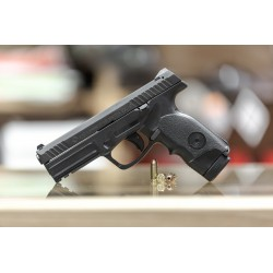 Pistolet STEYR L9-A1